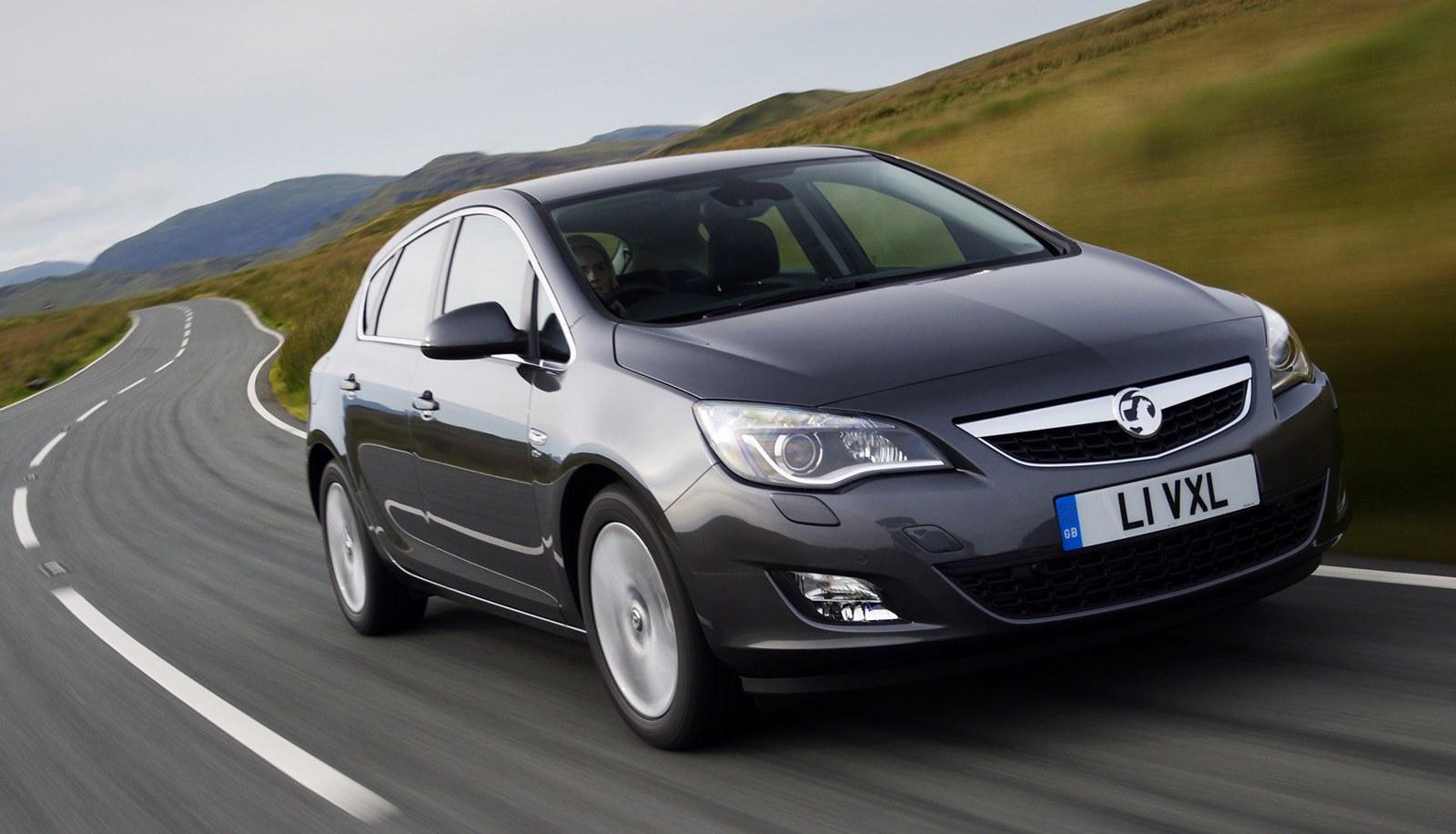 UK December 2010: Vauxhall Astra #1, Fiesta leader in Full Year Now