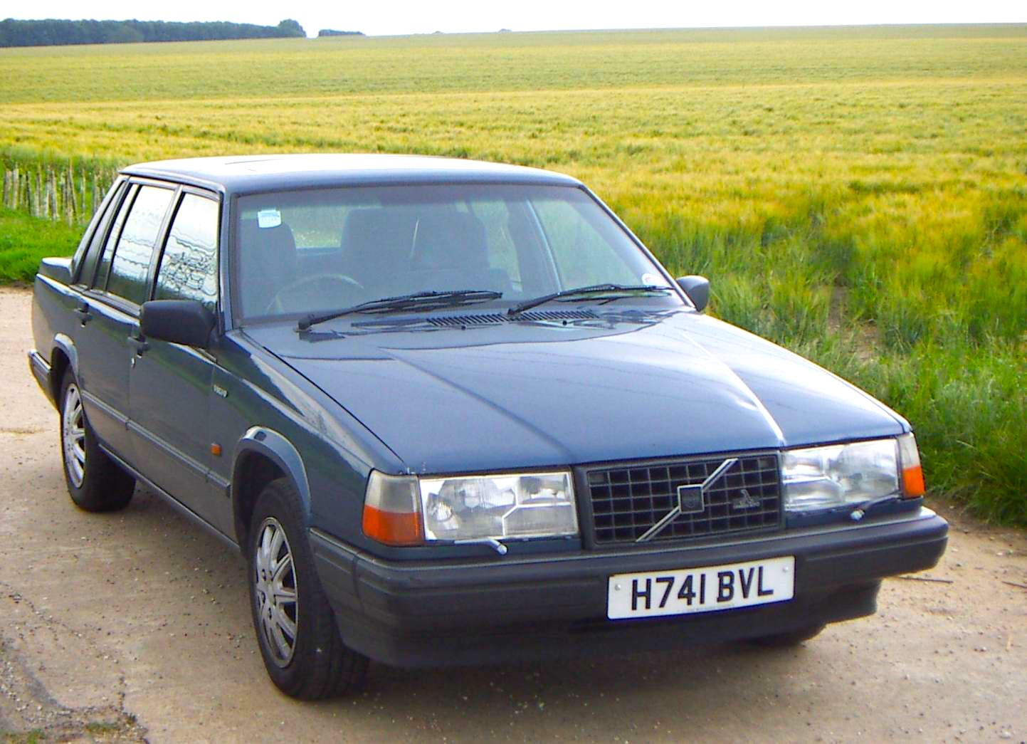 sweden 1984 1990 volvo 740 should be on top best selling cars matt 39 s blog. Black Bedroom Furniture Sets. Home Design Ideas